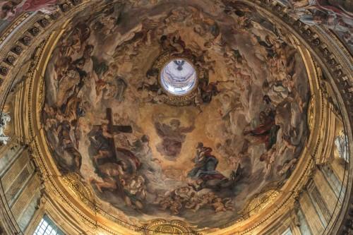 Il Gesù, kopuła z malowidłami Baciccia