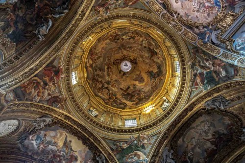 Church of Il Gesù, paintings of the church dome, The Heavenly Glory of Christ, Baciccio