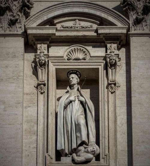 Il Gesù, nisza z wizerunkiem św. Franciszka Ksawerego depczącego alegorię Pogaństwa