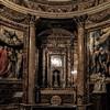 Il Gesù, Madonna della Strada, kaplica przy ołtarzu głównym