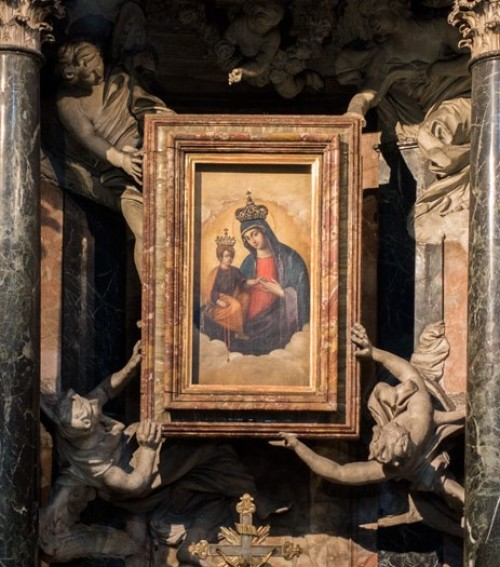 Church of Santa Maria dei Miracoli, copy of the miraculous painting of Madonna with Child