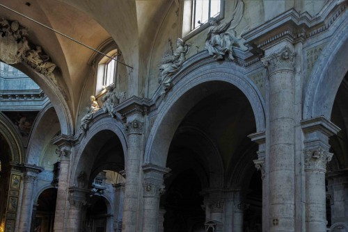 Basilica of Santa Maria del Popolo, decorations from the XVII century