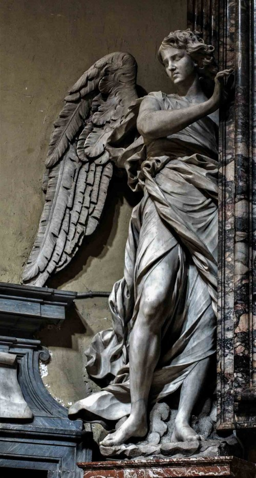 Church of Santa Maria del Popolo, figure of an angel supporting a painting – left transept