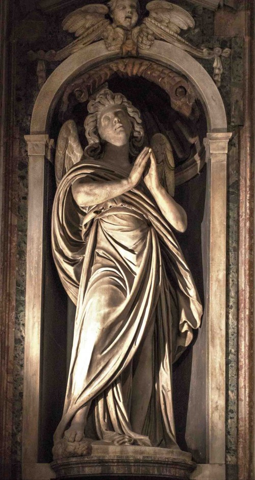 Church of Santa Maria di Loreto, figure of an angel in the presbytery, Stefano Maderno