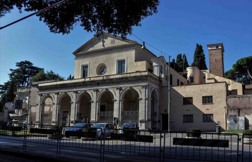 Church of Santa Maria in Domnica, renaissance façade