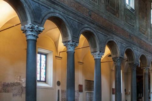 Basilica of Santa Maria in Domnica, interior