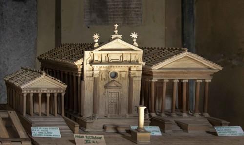 San Nicola in Carcere, makieta ukazująca trzy istniejące tu wcześniej świątynie - Junony (w środku), Spes i Janusa