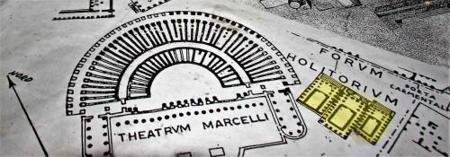 San Nicola in Carcere, mapa starożytnego Rzymu z trzema świątyniami przy Forum Holitorium (na żółto)