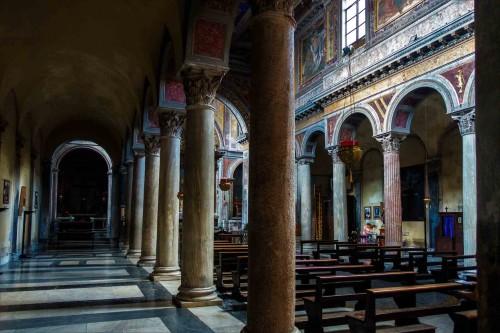 San Nicola in Cercere, widok wnętrza kościoła