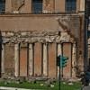 San Nicola in Carcere, kolumny - pozostałości świątyni Spes