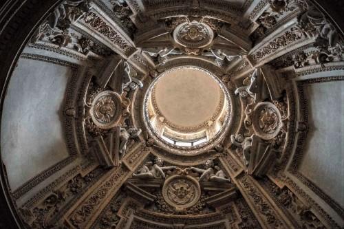 Barokowe zwieńczenie kaplicy Piety, kościół San Pietro in Montorio