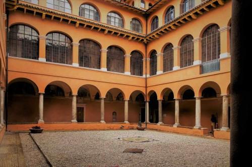 Drugi wirydarz dawnego klasztoru franciszkanów przy kościele San Pietro in Montorio, obecnie siedziba Akademii Hiszpańskiej