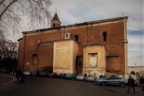 San Pietro in Montorio, kaplica Raimondi (po prawej) i kaplica Piety (po lewej)