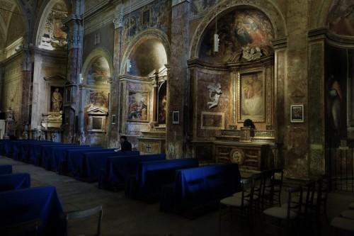 Wnętrze kościoła San Pietro in Montorio, prawa nawa
