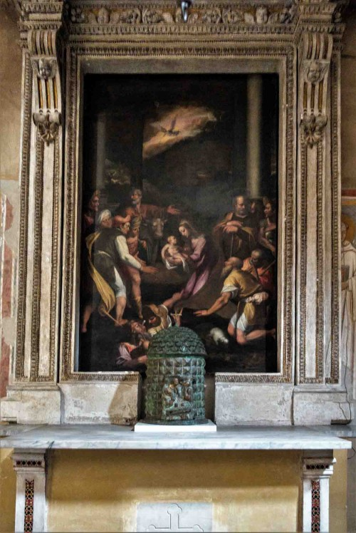 Basilica of Santi Quattro Coronati, Adoration of the Shepherds, painting and altar from the end of the XVI century