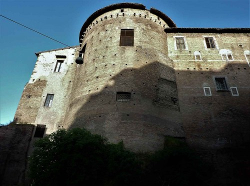Zabudowania klasztorne kościoła Santi Quattro Coronati, widok od strony via dei Querceti