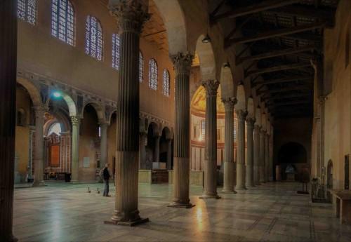 Santa Sabin, wnętrze kościoła