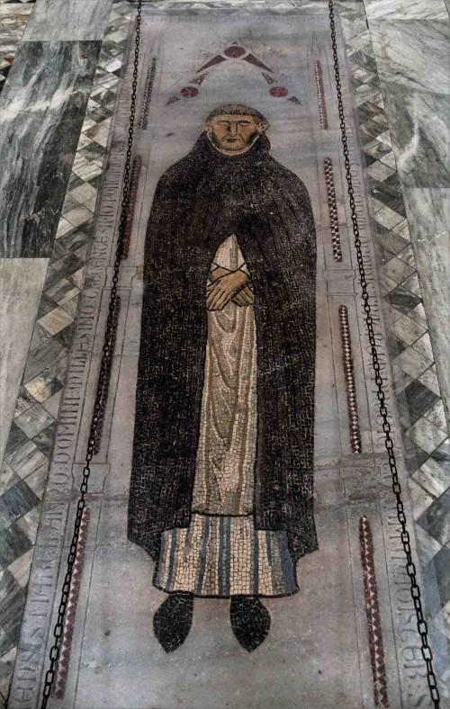 Basilica of Santa Sabina, mosaic tombstone of Munio de Zamora, beginning of the XIV century