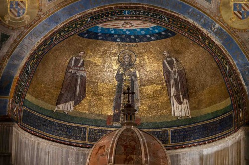 Apse in the Basilica of Sant'Agnese fuori le mura, St. Agnes between Pope Honorius I and Pope Gregory the Great