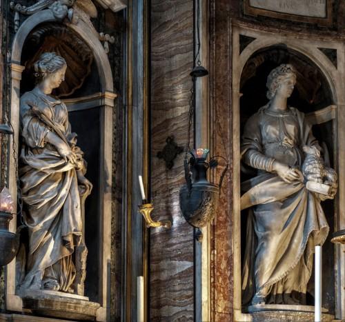 Church of Santa Maria di Loreto, presbytery, St. Cecilia – Giuliano Finelli, St. Agnes – Pompeo Ferrucci (on the left)