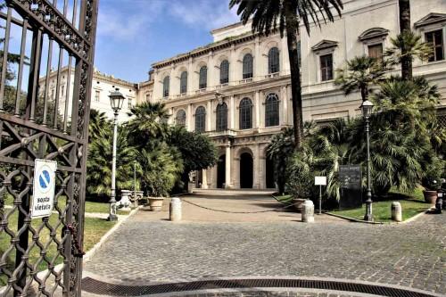 Palazzo Barberini, podjazd do głównego wejścia pałacu