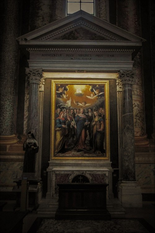 Basilica of San Vitale, Chapel of the Holy Virgins (St. Catherine of Alexandria in the middle of the painting), G.B. Fiammeri