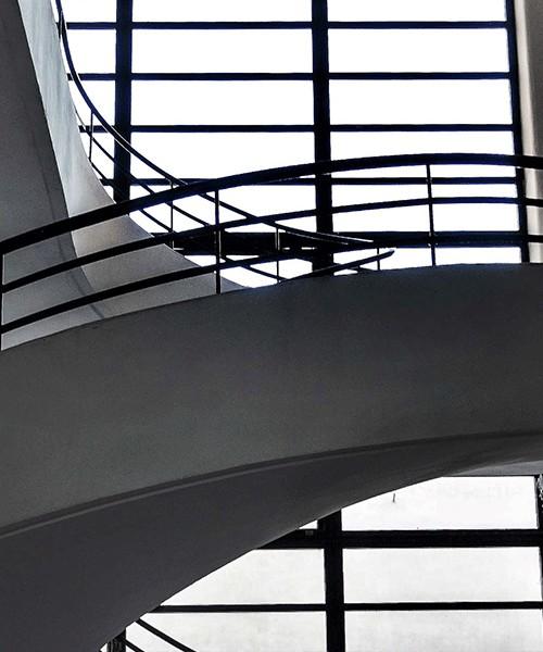 Luigi Moretti, Casa del Balilla, Largo Ascianghi 5, one of the staircases, Trastevere