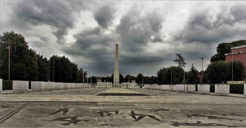 Luigi Moretti, Foro Italico (dawna Piazzale dell'Impero), widok na obelisk Mussoliniego od strony stadionu