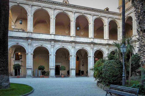 Palazzo Venezia, dziedziniec pałacu