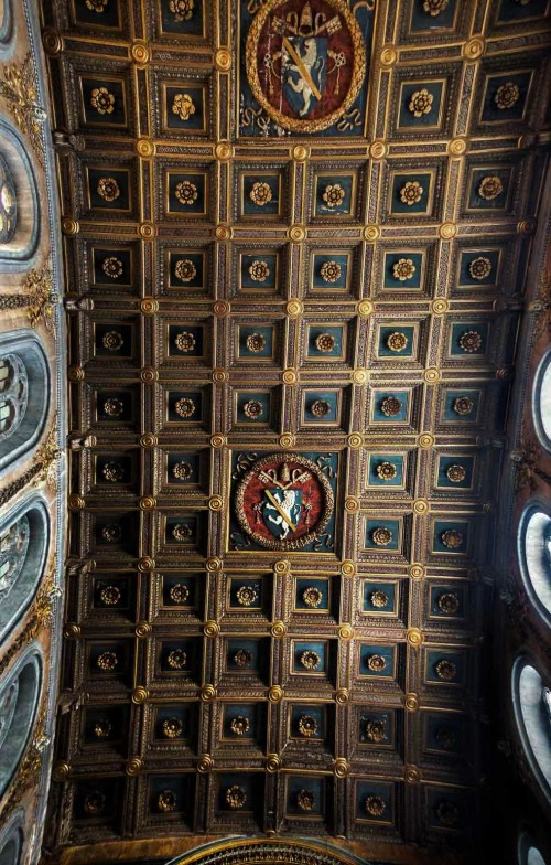 Church of San Marco, coffer ceiling with the coat of arms of Pope Paul II