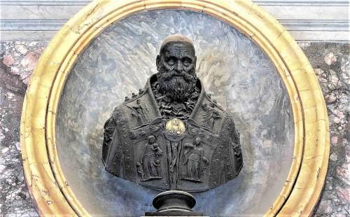 Popiersie papieża Pawła III w zakrystii bazyliki San Pietro in Vaticano