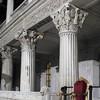 Kościół San Lorenzo fuori le mura, kapitele z czasów papieża Pelagiusza II