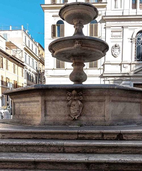 Piazza della Madonna dei Monti, Fontana dei Catecumeni - Giacomo della Porty