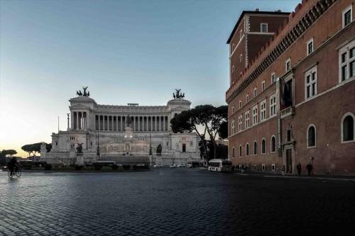 Piazza Venezia o świcie