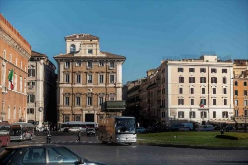 Piazza Venezia, widok na via del Corso