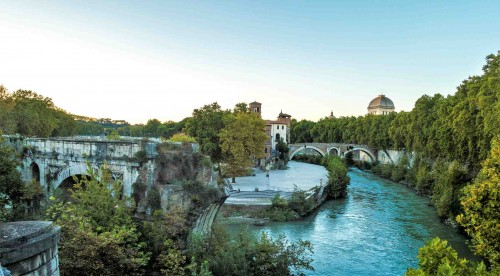 Ponte Rotto, Tiber Island in the background