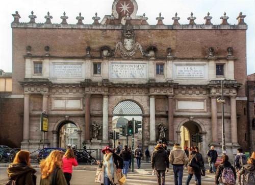 Porta del Popolo, widok elewacji północnej