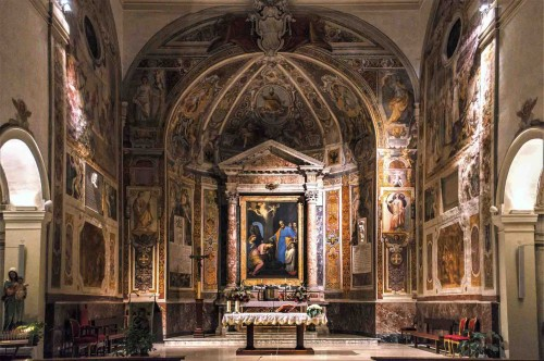 Church of Santa Prisca, view of the apse and the main altar