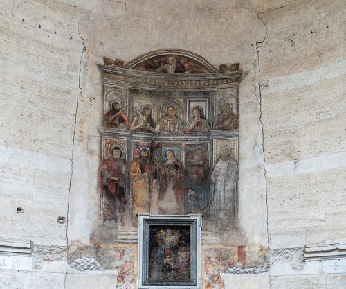 The Temple of Hercules, interior - apse frescoes