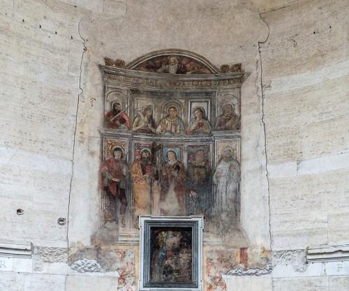 Świątynia Herkulesa, wewnątrz freski z 1475 r. przedstawiające Marię pośród świętych