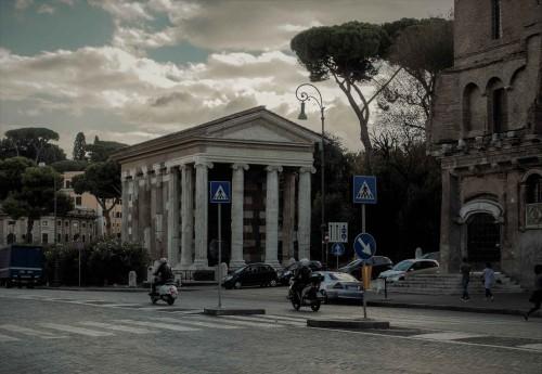 The Temple of Portunuson on the old Forum Boarium, presently at the via Luigi Petroselli