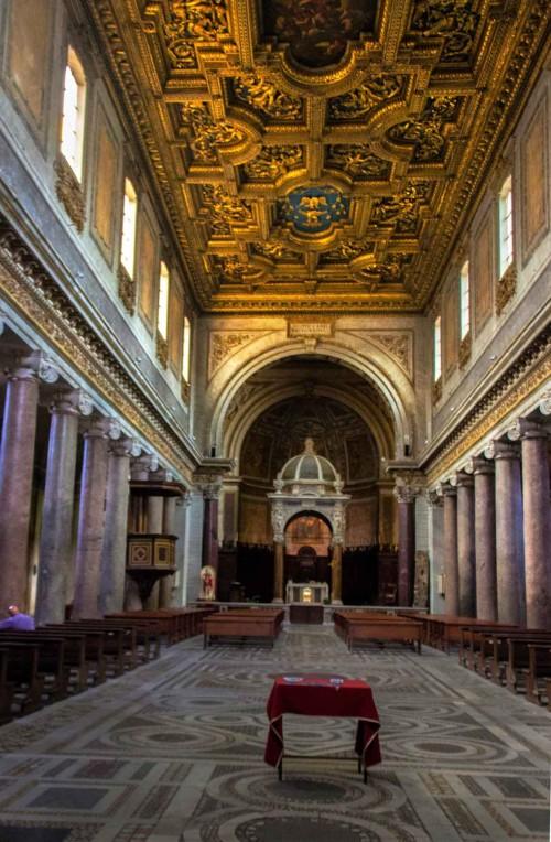 Kościół San Crisogono, strop z herbem kardynała Scipione Borghesego