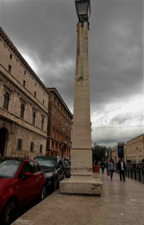 Via della Conciliazione, jedna z lamp z 1950 r.