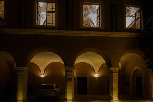 Via della Conciliazione, Palazzo dei Penitenzieri, dziedziniec