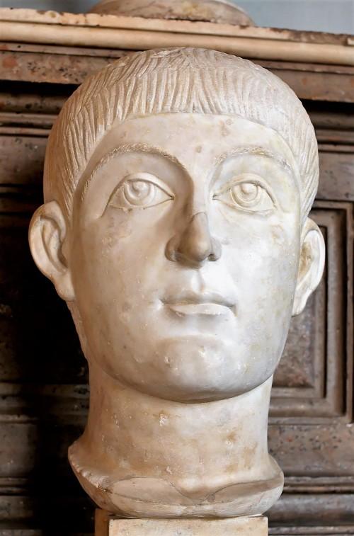 Cesarz Honoriusz (albo Walens), Musei Capitolini, zdj. Wikipedia