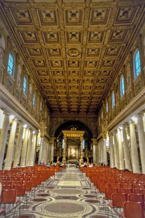 Wnętrze bazyliki Santa Maria Maggiore