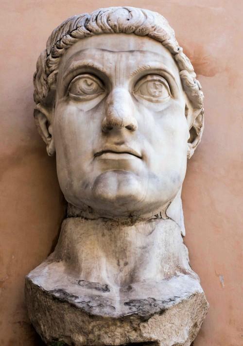 Głowa Konstantyna Wielkiego, pozostałość cesarskiego posągu, Musei Capitolini