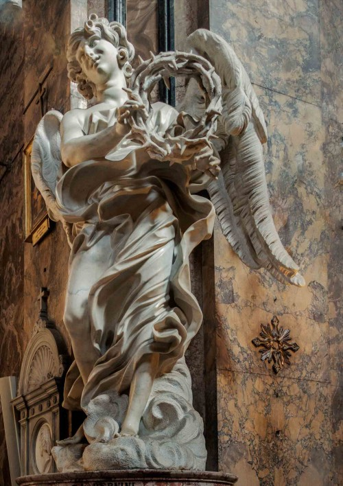 Gian Lorenzo Bernini, figure of an angel with the crown of thorns in the Church of Sant'Andrea delle Fratte