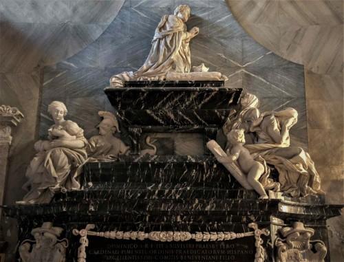 Nagrobek kardynała Pimitela, Antonio Raggi - alegoria Miłosierdzia (po lewej), bazylika Santa Maria sopra Minerva