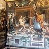 Farnesina, Sala delle Nozze, Koronacja Roksany